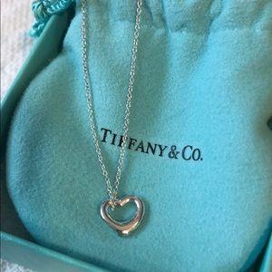 Tiffany Elsa Peretti sml sterling heart necklace